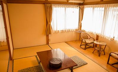和室 14畳/バス・トイレ無し
